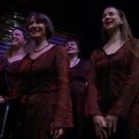 Der RIAS Kammerchor lacht sich beim Auftakt des Vokalfestes Chor@Berlin kaputt