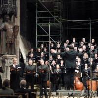 Madrigalchor der Hochschulke für Musik und Tanz Köln, Figuralchor Bonn (Ltg.: Reiner Schuhenn)