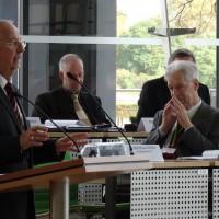 Wahlleiter Gerd-Jürgen Raach