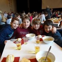 200 Grundschüler stürmen das Radialsystem - und singen Bach!